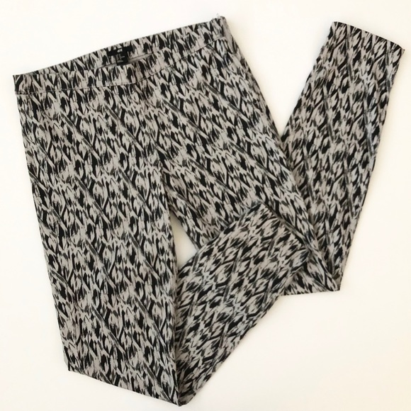 H&M Pants - H&M Abstract Pattern Stretch Skinny Pant